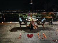 Menikmati Makan Malam Romantis di Swiss-Belresort Dago Heritage