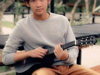 "Sion, Remaja 15 tahun ""The Next Rising Star"" of Indonesia"