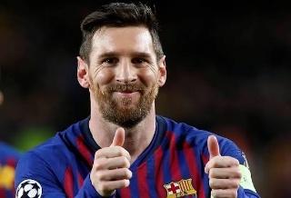 Rela Potong Gaji, Lionel Messi Sepakati Kontrak Baru Dengan Barcelona