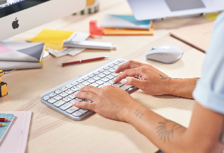 Maksimalkan Potensi Kreatif dengan Logitech MX Keys Mini, Keyboard Nirkabel Minimalis Terbaru